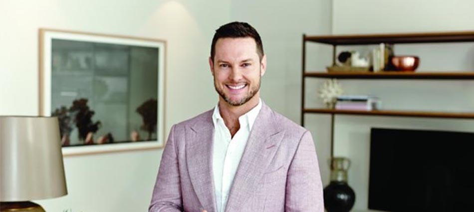 Introducing best Interior Designer Daren Palmer capa